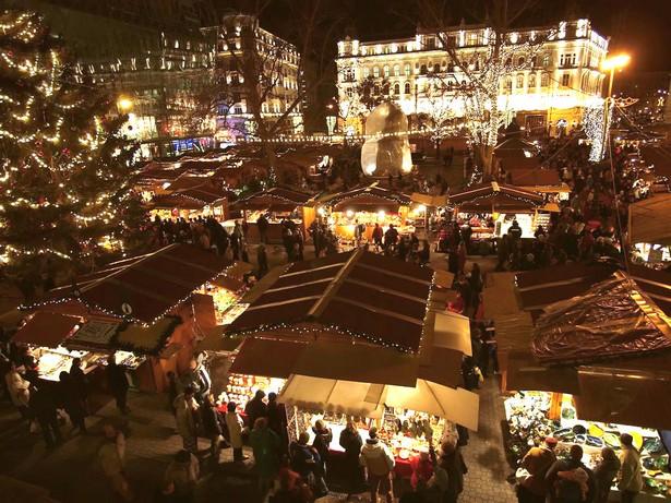 The Budapest Christmas Fair Christmas Markets Lifestyle – The Best Christmas Markets The Budapest Christmas Fair