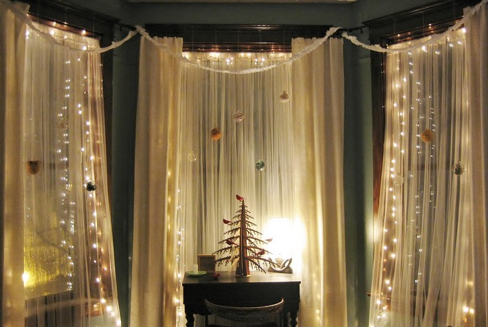 Fairy lights aren't just for your Christmas tree  Kelly Hoppen's tips for Christmas decorating 003