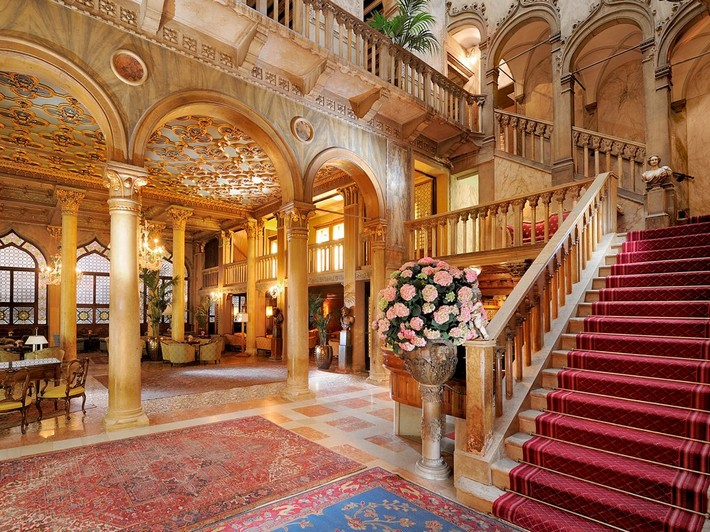 Best luxury hotel interiors in venice design build ideas for Hotels venise