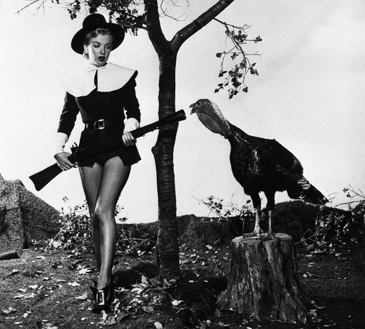 Marilyn-Monroe-Pilgrim-thanksgiving-decor-ideas  New Pinterest Board: Thanksgiving Decor Ideas Marilyn Monroe Pilgrim thanksgiving decor ideas