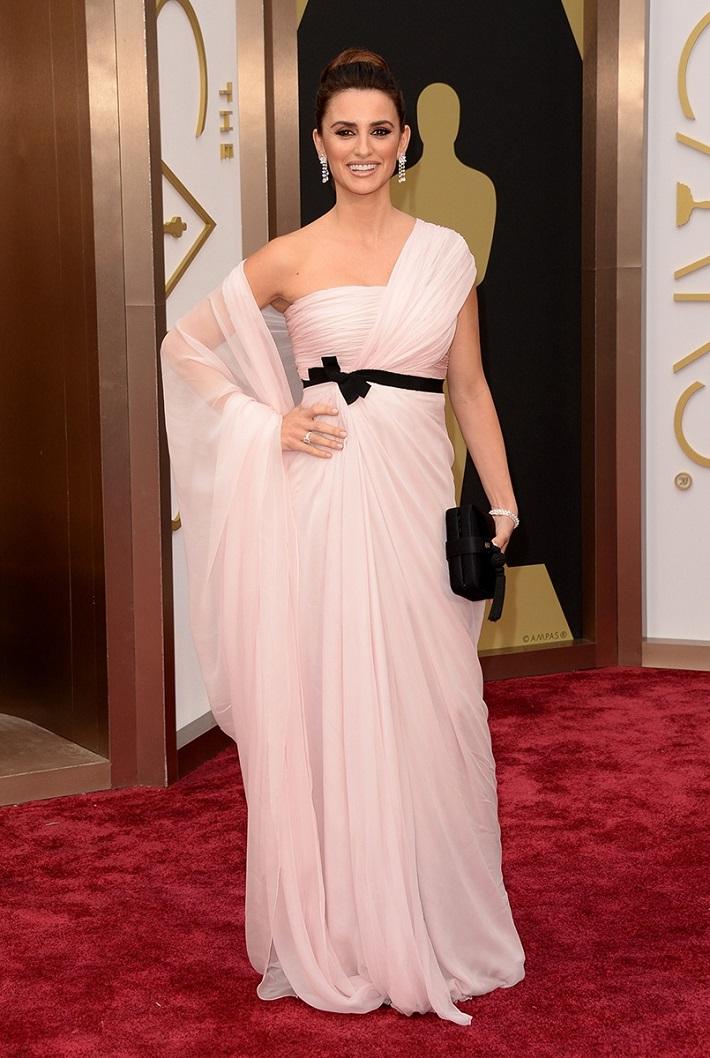 penelope-cruz_best-dressed-oscars-2014 Best Dressed Celebrities 2014 Oscars: The Best Dressed Celebrities penelope cruz best dressed oscars 2014