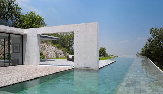 Fancy a swim? The most luxurious and tempting swimming pools  Fancy a swim? Be amazed with these luxurious and tempting swimming pools Azure Casa Monterrey Tadao Ando