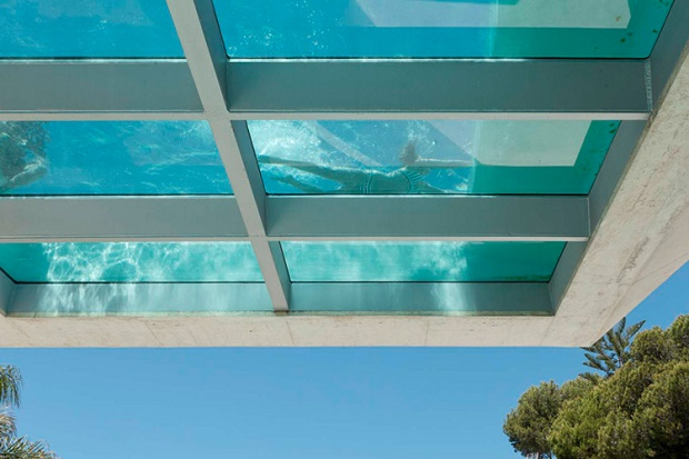 Fancy a swim? The most luxurious and tempting swimming pools  Fancy a swim? Be amazed with these luxurious and tempting swimming pools Jellyfish House Wiel Aret 04