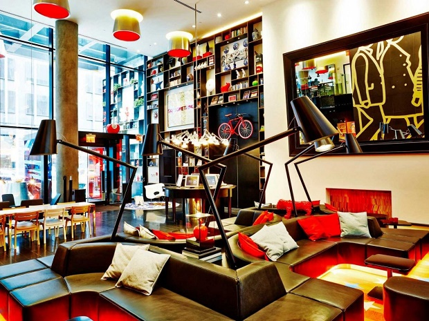 """""""Do you want to spend a luxurious and affordable vacation?""""  Do you want to spend a luxurious and affordable vacation in a trendy hotel? citizenm nyc hotel"""