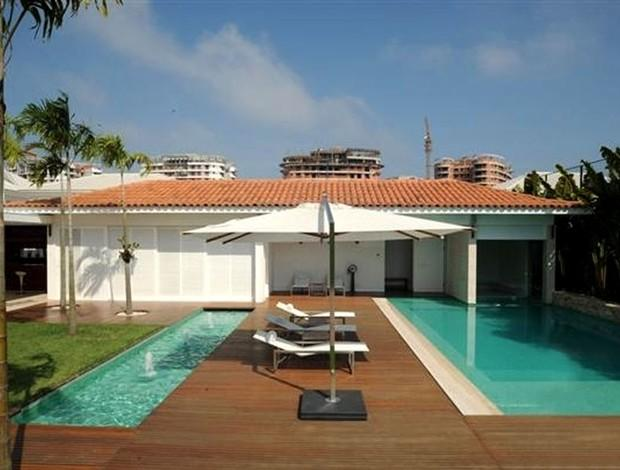 Spend your summer vacations at a celebrity's home  Spend a luxurious vacation in a celebrity's home 20110212091613 d91ca