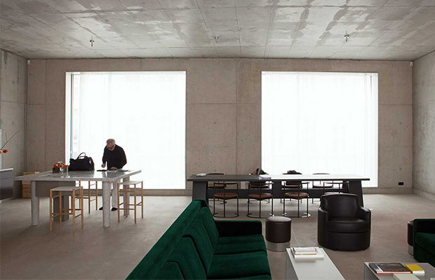 4  5 modern architects/ designers at home!  42