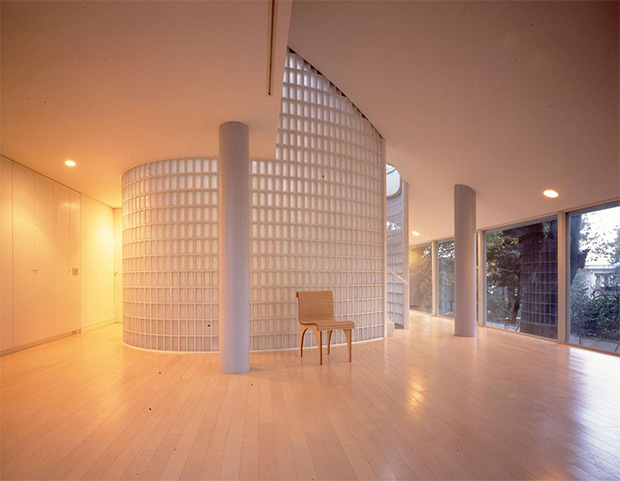 8  5 modern architects/ designers at home!  81