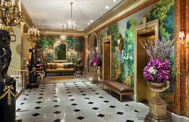 2  Top 10 most popular and luxurious hotels for multi-millionaires 26