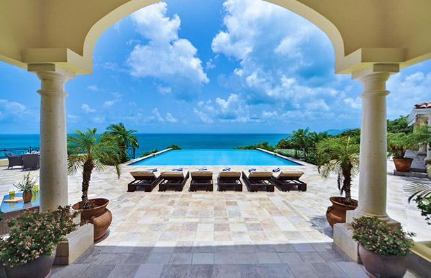 2  The 10 best infinity pools in the world!  25
