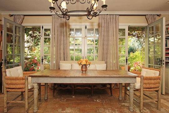 livingroom2  High Point Market's Style Spotters | Michelle Workman livingroom2
