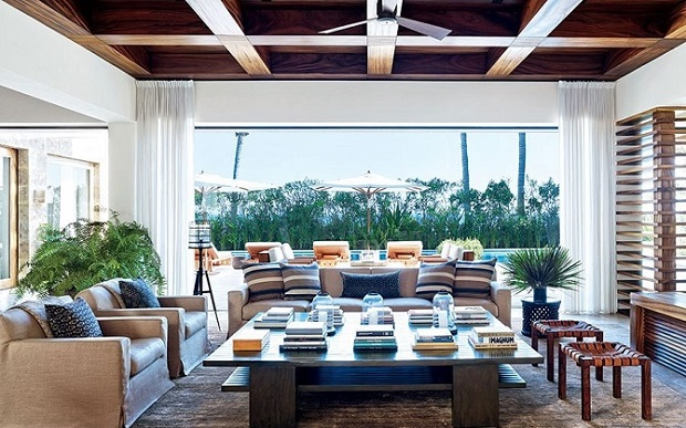 """""""See how your favorite stars style their cocktail tables and make their interior decoration as luxurious as possible.""""  15 stylish celebrity cocktail tables stylish celebrity cocktail tables 08"""