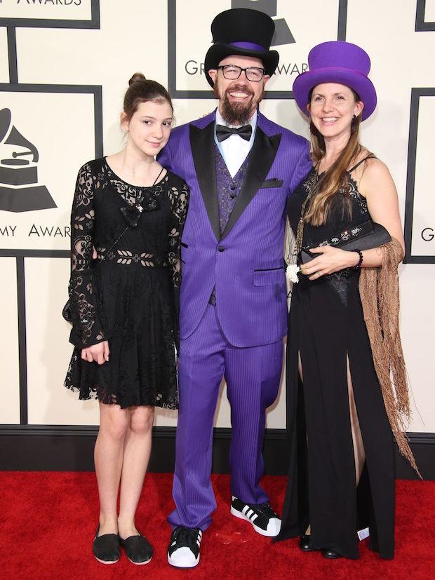 635590132741464335-Grammy021  Grammy Awards 2015: Red Carpet Fashion 635590132741464335 Grammy021
