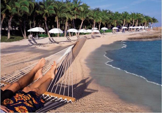 The best beach dining experiences in the World  The best beach dining experiences in the World Casa Marina A Waldorf Astoria Resort 172774
