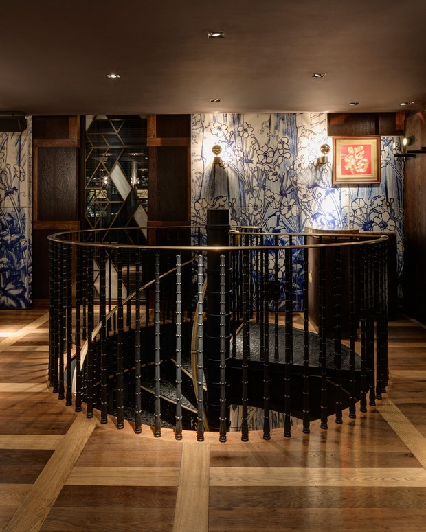 autoban-integrates-abstracted-geometric-patterns-at-dukerice-restaurant (8)