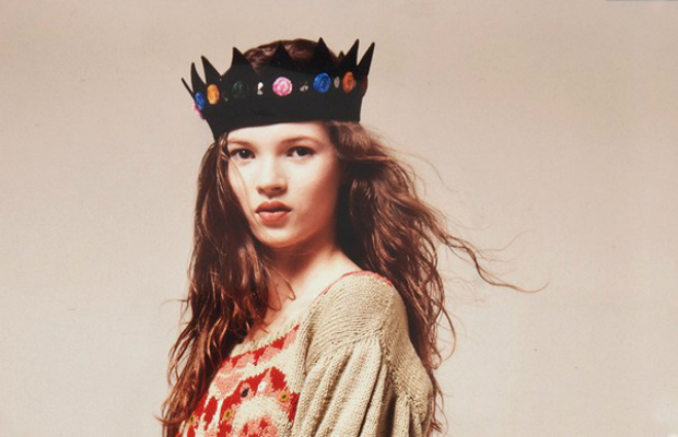 kate-moss-first-crown-auctioned-by-christies (2)