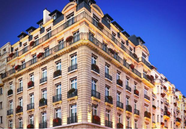 best design hotels-le-bristol-paris-paris-france-koket-love-happens design hotels Where To Stay in Paris – Most Luxury Design Hotels hotel le bristol paris paris france koket love happens