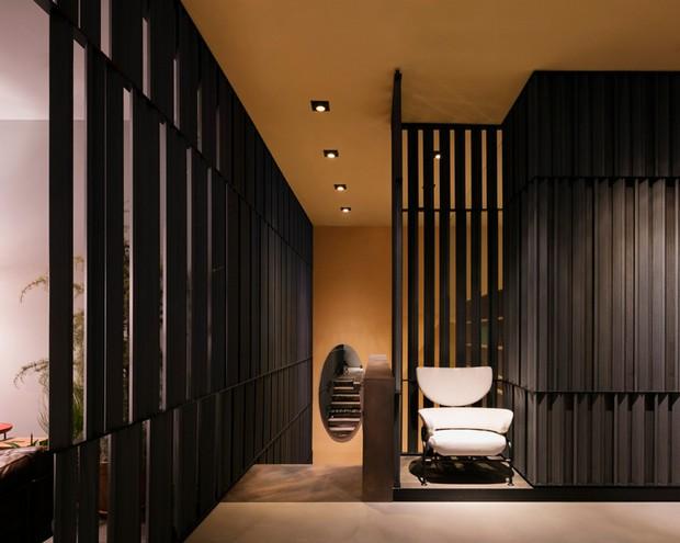 Patricia urquiola designs midtown new york showroom for for Top 10 interior designers in new york