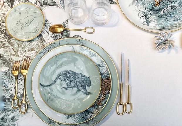 carnets-d-equateur-luxury-porcelain-collection-by-hermes (19) Hermés Carnets D' Équateur – Luxury Porcelain Collection by Hermés carnets d equateur luxury porcelain collection by hermes 19