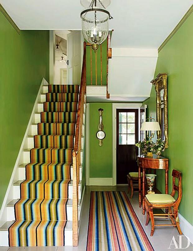 Spring trends 10 stunning hallways ideas for Entrance hall ideas for houses