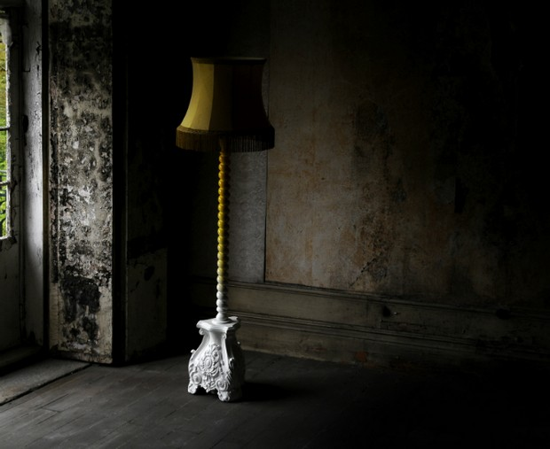 Floor Lamps for a Good-Mood Master Bedroom Decor  (8)