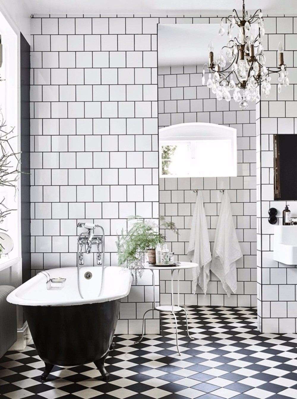 black and white bathroom design get inspired with 25 black and white bathroom design ideas 22717
