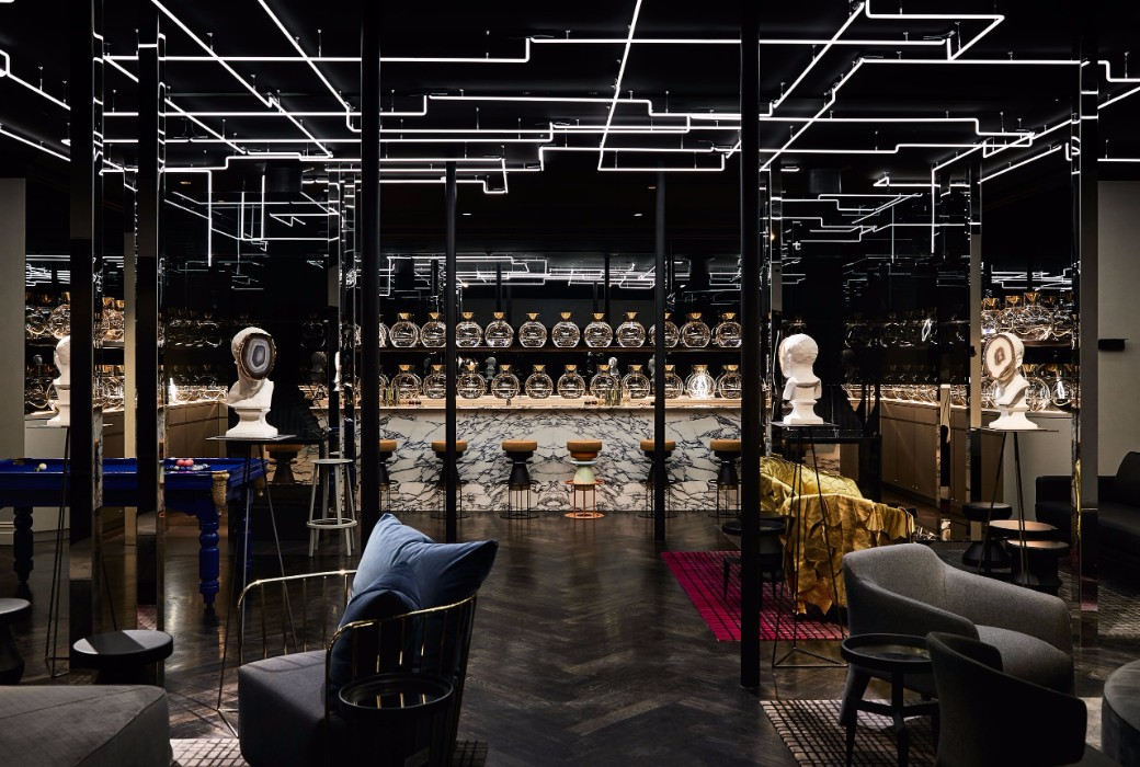 Luxury hotels the jackalope hotel by carr design group for Exclusive hotel group