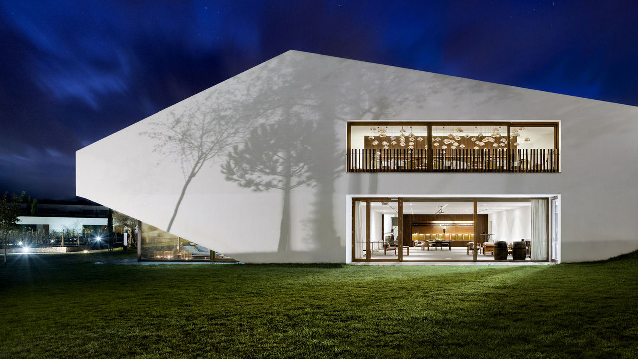 Vineyard L'AND Vineyards Resort: A Design and Wine Hotel Discover the best luxury resorts 14