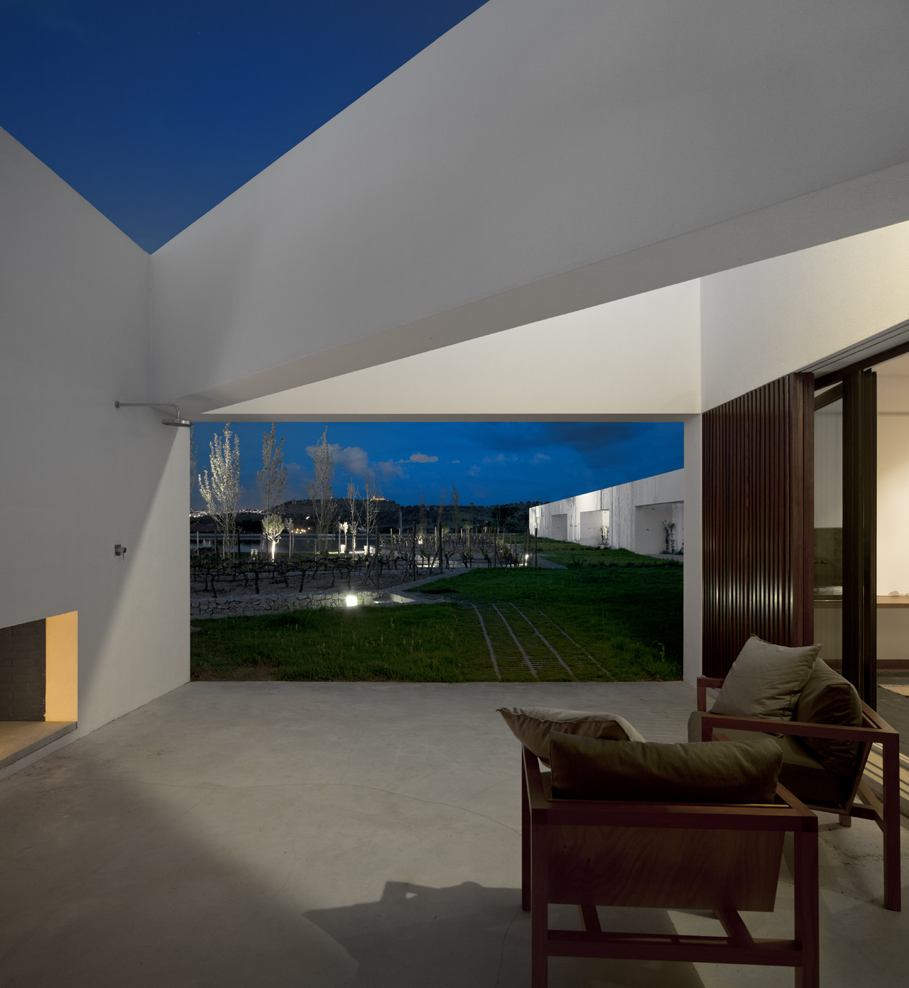 Vineyard L'AND Vineyards Resort: A Design and Wine Hotel discover the best luxury resorts 6