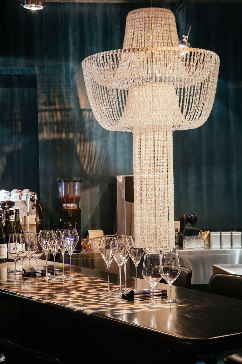 big wine freaks Big Wine Freaks: Discover Moscow's New Luxury Champagne & Wine Bar Big Wine Freaks Discover Moscows New Luxury Champagne Wine Bar 17