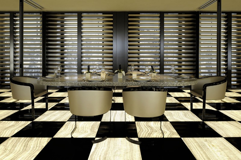 luxury hotel Luxury Hotels: Where To Stay In Milan, Italy Armani Hotel Milano 7
