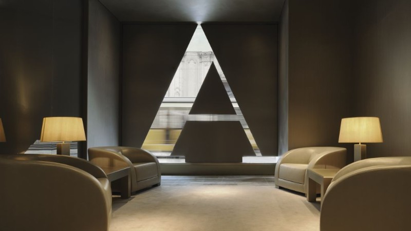luxury hotel Luxury Hotels: Where To Stay In Milan, Italy armani hotel