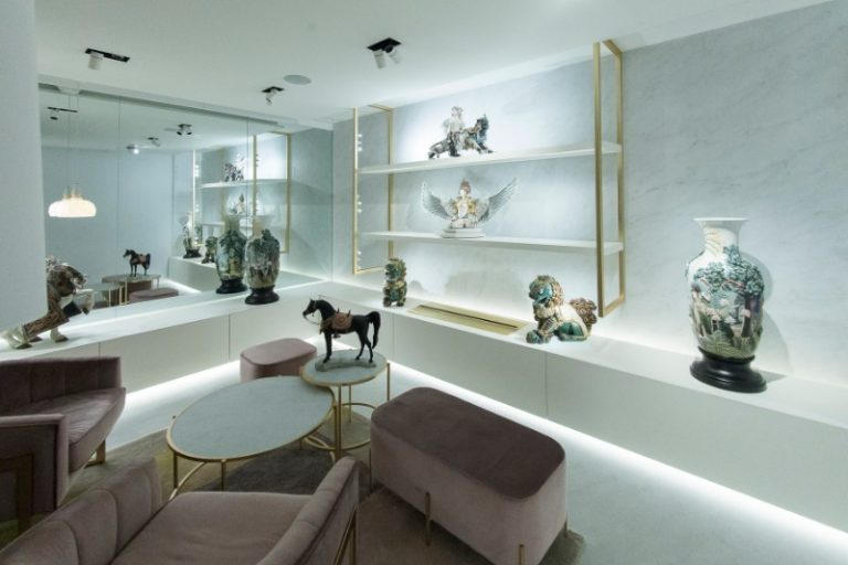Lladro, Salone del Mobile, showroom, design, porcelain, jewelry, Interior Design, Fuorisalone, luxury furniture lladro Lladro And Boca Do Lobo Present An Innovative And Exclusive Lifestyle lladro new boutique in madrid 6 768x512