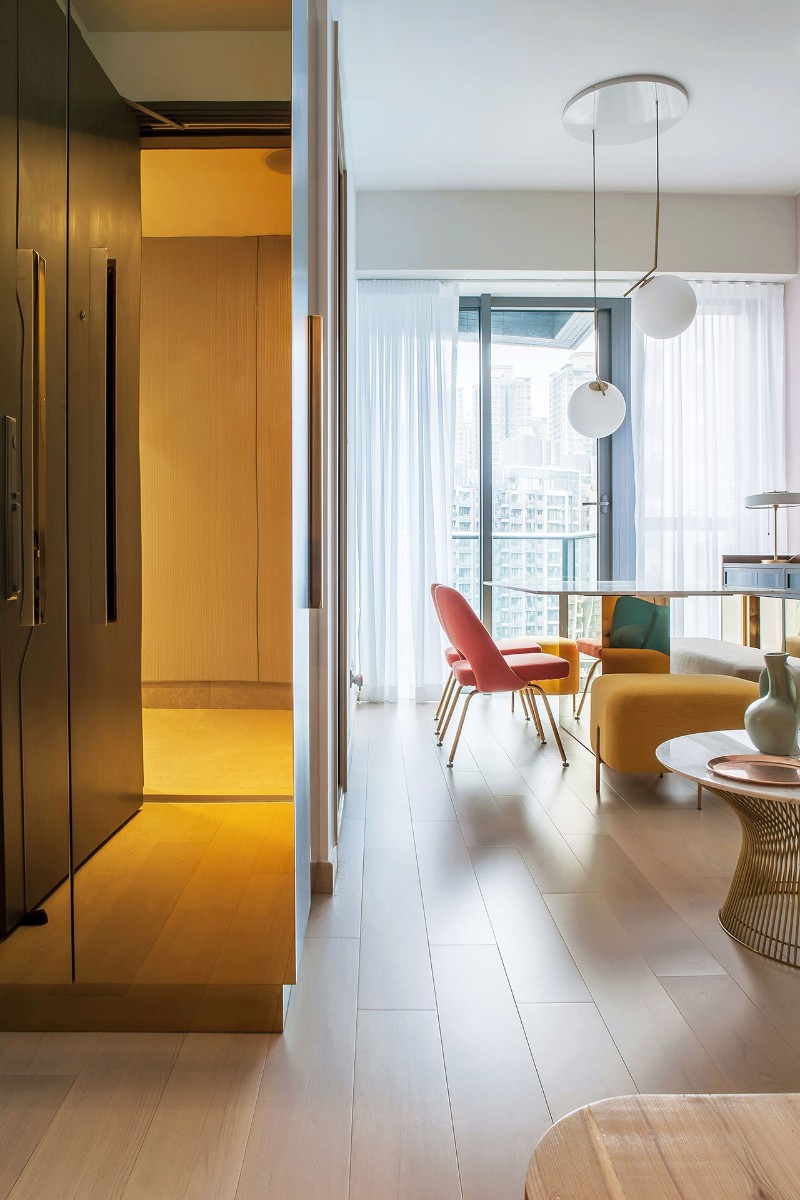 Residence, fashion designer, architectural, design firm, vibrant color, luxury apartments, candy coloured, brass mirror, grey marble, upholstered furniture residence Discover Twin Peaks Residence by Lim + Lu Discover Twin Peaks Residence by Lim Lu 3
