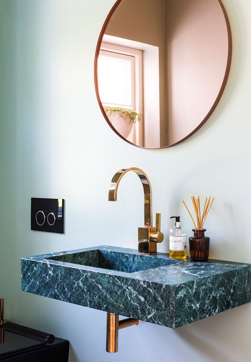 green marble Green Marble: One of The Hottest Interior Trends for Summer 2018 Green Marble One of The Hottest Interior Trends for Summer 2018 4