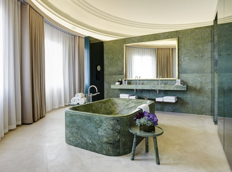 green marble Green Marble: One of The Hottest Interior Trends for Summer 2018 Green Marble One of The Hottest Interior Trends for Summer 2018 6