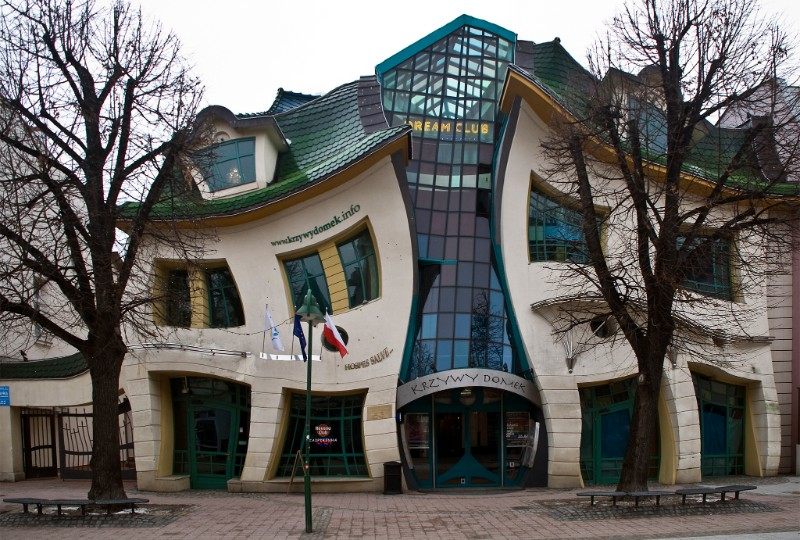 architecture Ultimate Guide to Touring the World's Best Architecture  The Crooked House