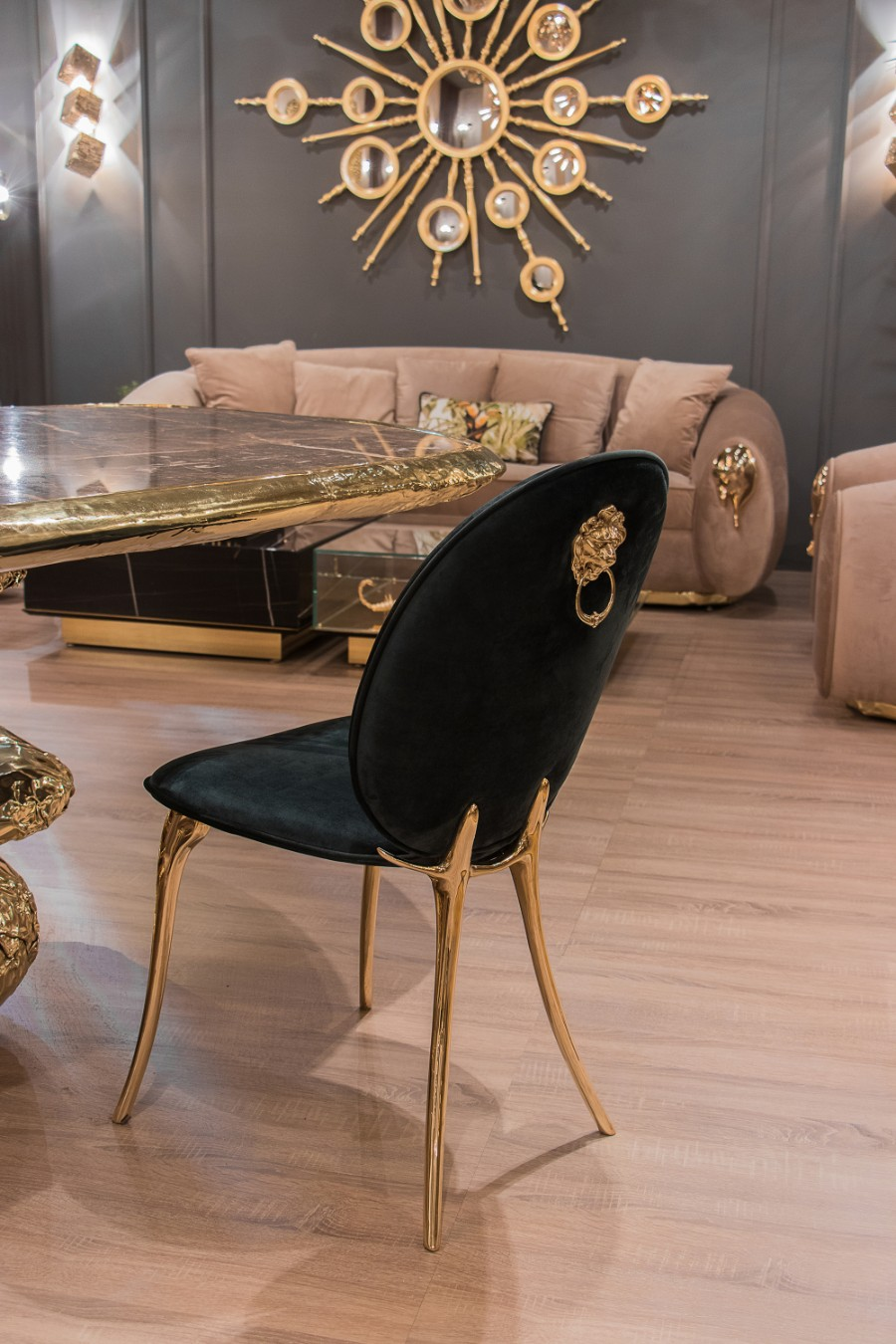 chair Born in A Glamorous Celebration: Boca do Lobo Reveals Soleil Chair bl isaloni 26 HR