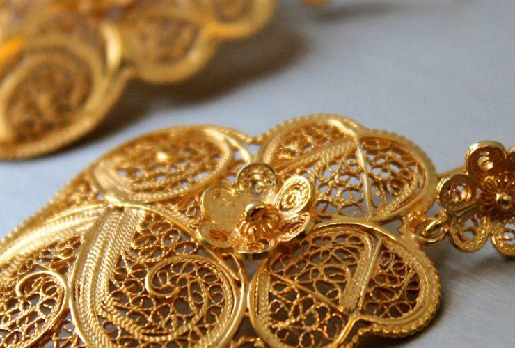 filigree Legacy The Design and Craftsmanship Testimony: Filigree Jewelry Brincos Cora    o de Viana 740x500
