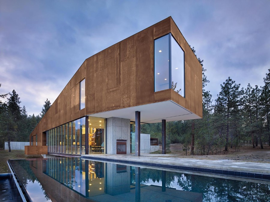 rimrock, tom kundig, private residence, luxury house, glass design, art collectors, architect, living area