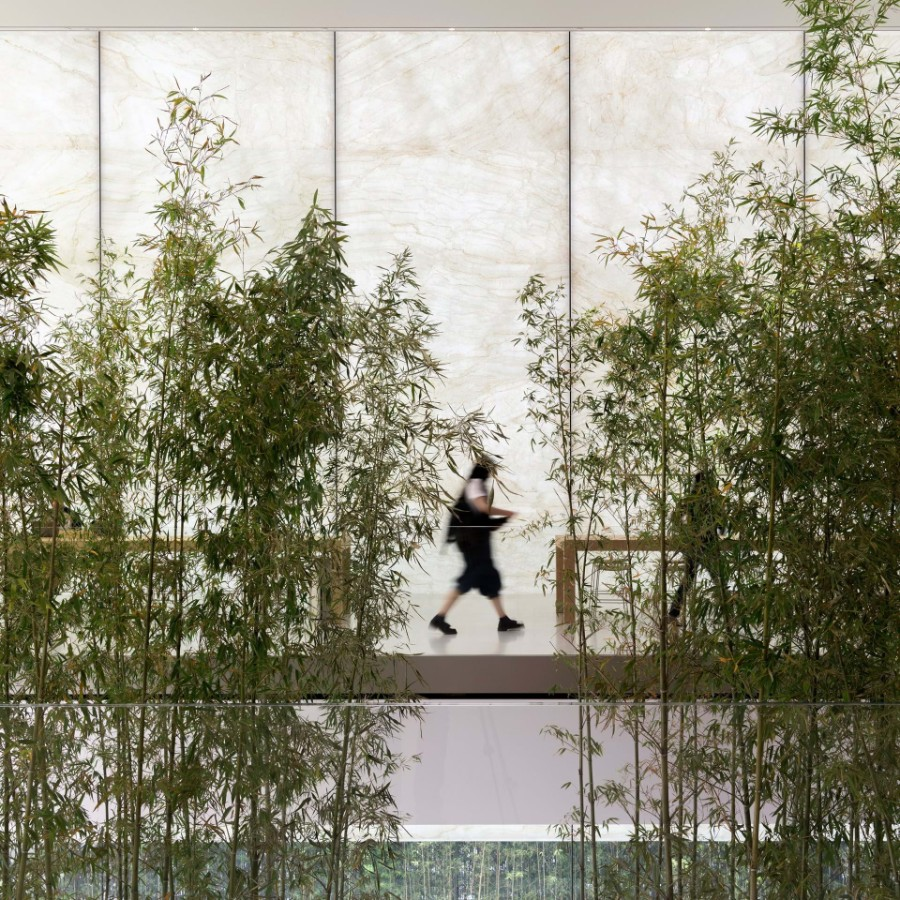 Apple, Foster + Partners, technology, entertainment, arts, timeless design, bamboo, Jonathan Ive, Angela Ahrendts, Apple store, interior design, design Foster + Partners Inside Apple Store Atrium in Macau by Foster + Partners Inside Apple Store Atrium in Macau by Foster Partners 2