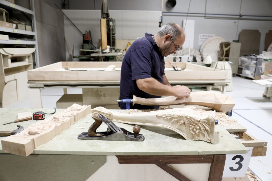 Joinery, woodworking, designs, carpentries, wood carving, marquetry, luxury furniture Joinery, woodworking, designs, carpentries, wood carving, marquetry, luxury furniture joinery The Art of Joinery Behind Boca do Lobo's Luxury Furniture  behind the scenes boca do lobo 46