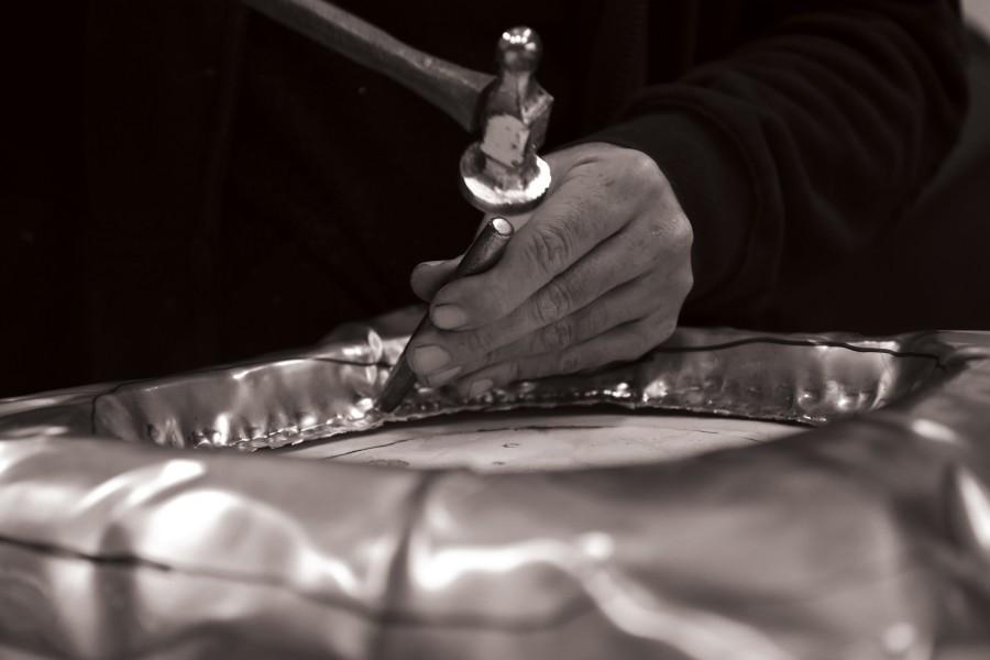 metalworking, metal work, delicatejewelry, design, casting metal, casting, metal, sand casting, welding, luxury furniture, piece of art, craftsmanship metal work The Art of Metalworking Behind Boca do Lobo's Luxury Furniture behind the scenes boca do lobo 60