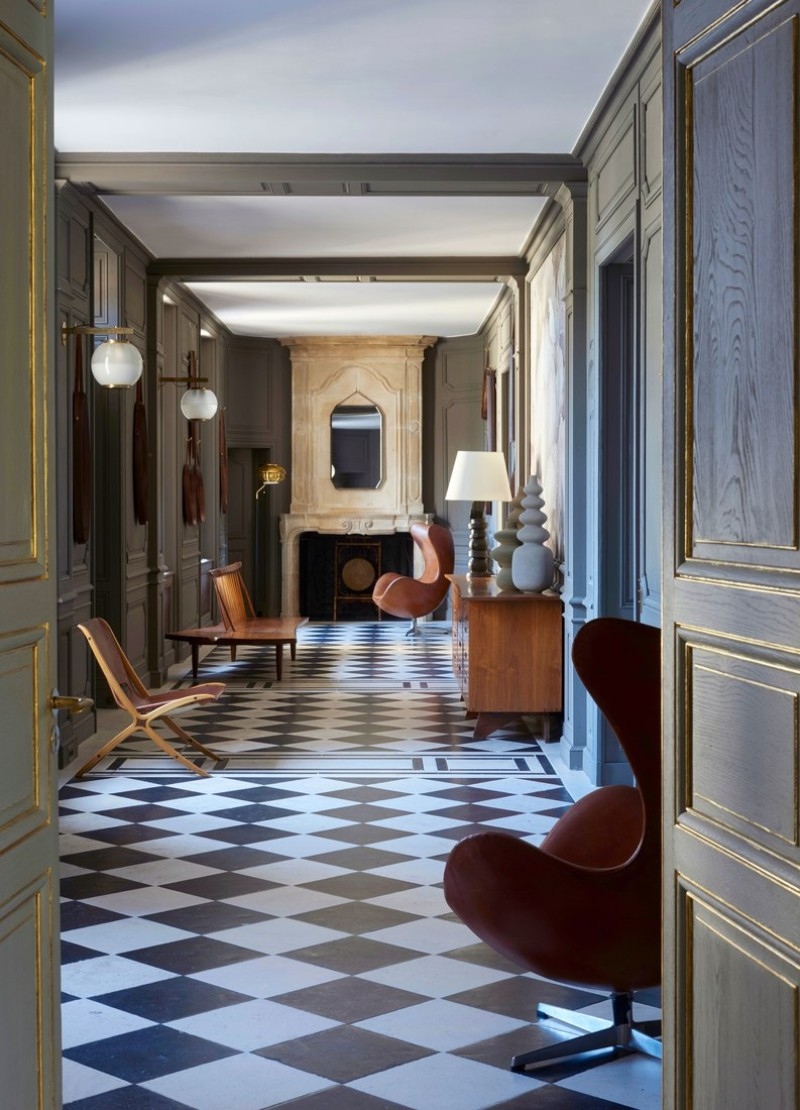 A 16th Century Chateau Transformed Into A Contemporary Luxury Home luxury home Didier Benderli Transforms A 16th Century Chateau into a Luxury Home 6 A Modern Update On A 16th Century French Chateau