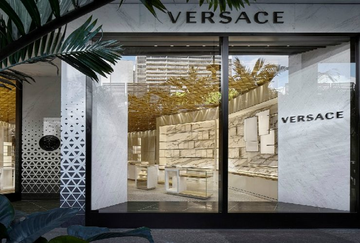 versace's miami Versace's Miami – The New Store Designed by Gwenael Nicolas The New Versace   s Miami Store Designed by Gwenael Nicolas featured 740x500