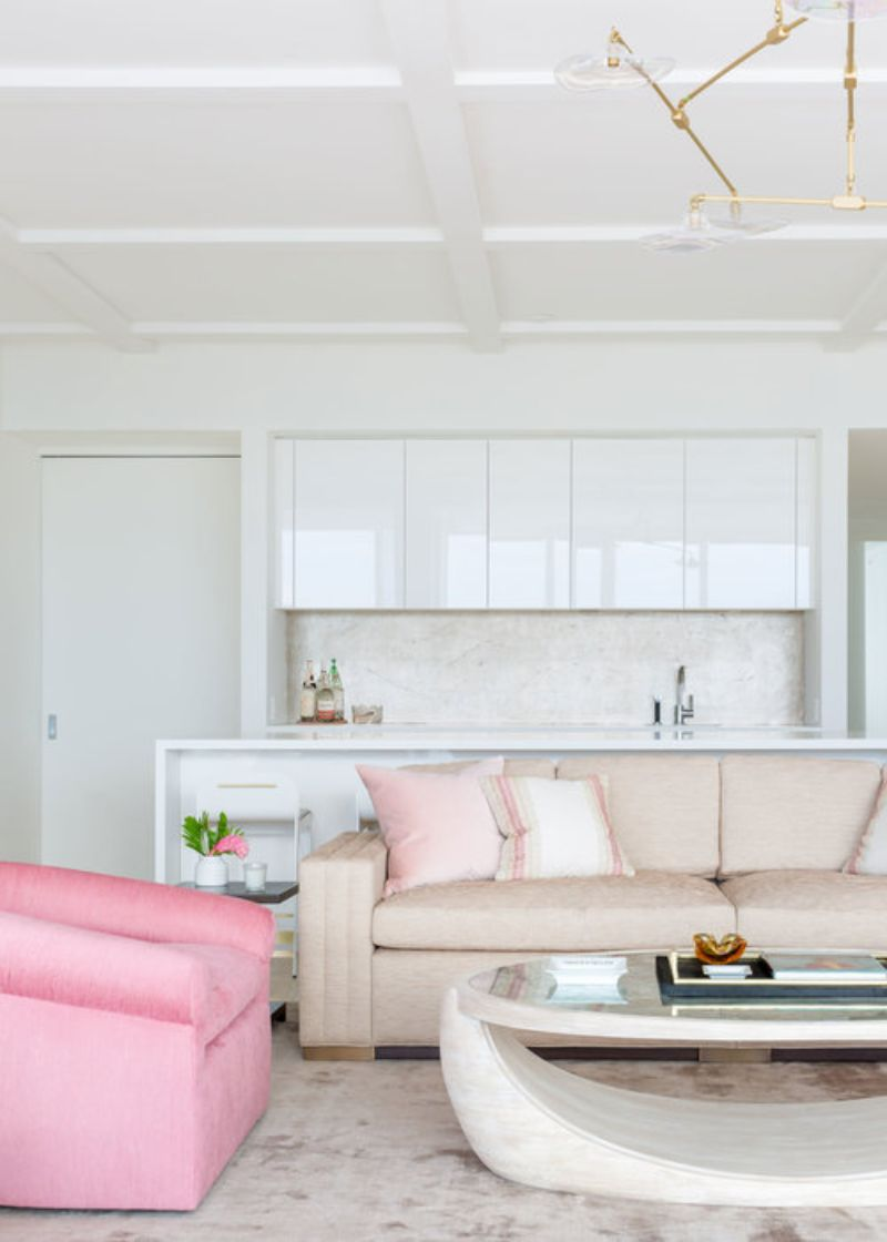 A Summer Breeze Inside This Miami's Penthouse by ABH Interiors abh interiors A Summer Breeze Inside This Miami's Penthouse by ABH Interiors Dean Surf Club Sunset Lounge Bar