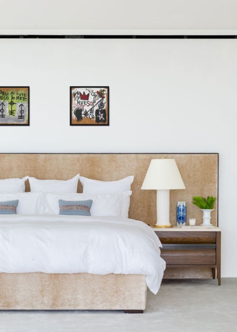 A Summer Breeze Inside This Miami's Penthouse by ABH Interiors abh interiors A Summer Breeze Inside This Miami's Penthouse by ABH Interiors Surf Club Master Bedroom
