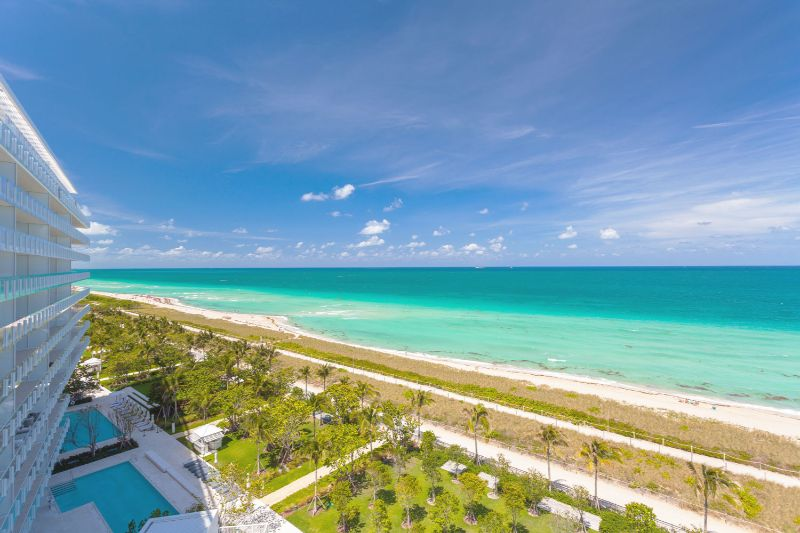 A Summer Breeze Inside This Miami's Penthouse by ABH Interiors abh interiors A Summer Breeze Inside This Miami's Penthouse by ABH Interiors Surf Club View East