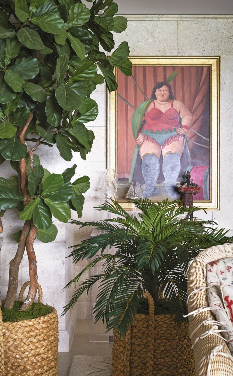The Symbol of Maximalism: Inside A Miami's Apartment by Sig Bergamin sig bergamin The Symbol of Maximalism: Inside A Miami's Apartment by Sig Bergamin 7 3
