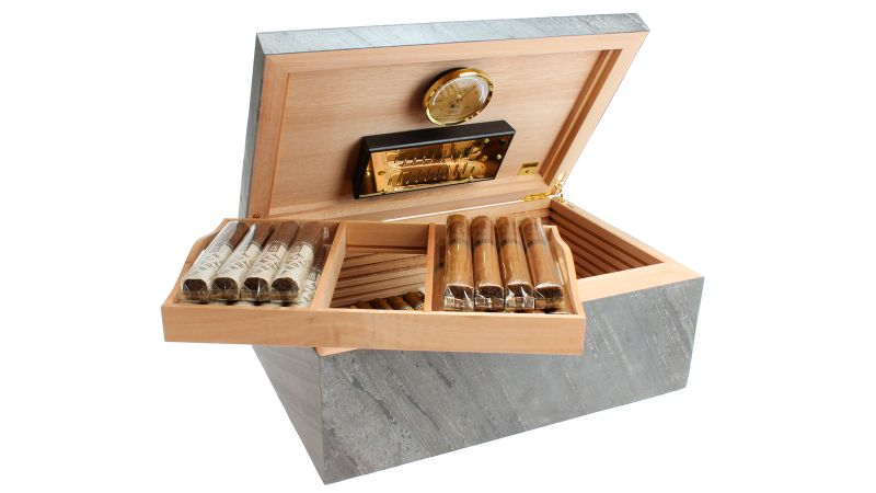 Cigar Humidors With A Modern Design That You Need to Discover modern design Cigar Humidors With A Modern Design That You Need to Discover adorini black 1600
