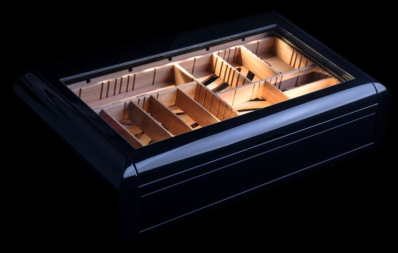 Cigar Humidors With A Modern Design That You Need to Discover modern design Cigar Humidors With A Modern Design That You Need to Discover vertigo black closed side
